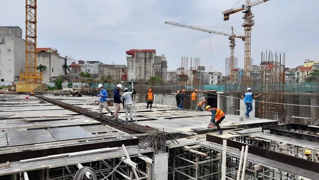 Tiến độ và chất lượng thi công dự án Feliz Homes luôn được đảm bảo